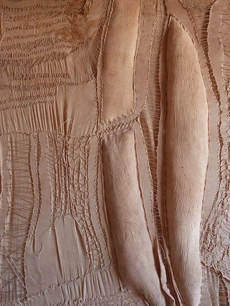 Patrizia Trevisi - INSIDE I arazzo, archetipo, arte tessile, astrazione organica, bassorilievo, Bassorilievo tessile, culto della Madre Terra, fiber art, Grande Madre, scultura tessile, tecnica mista, texture